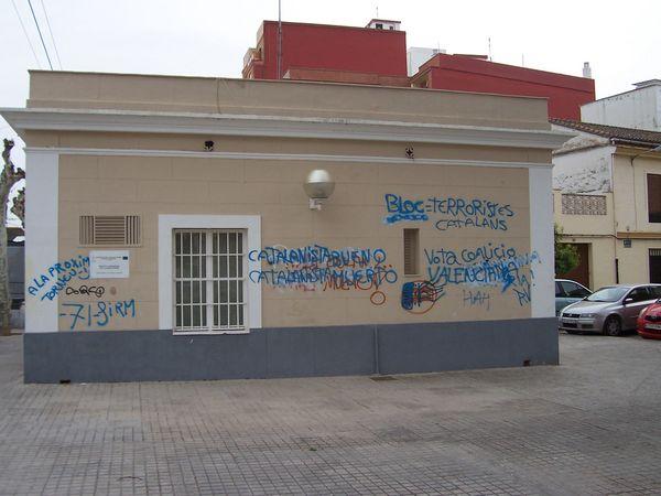 http://www.antiblavers.org/galeria/albums/userpics/10223/normal_Estacio_FGV_Montcada_abril_2011.JPG
