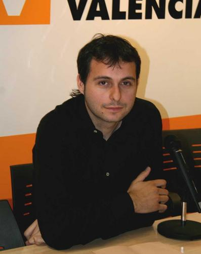http://www.antiblavers.org/galeria/albums/userpics/10223/normal_V%C3%ADctor_Saiz.jpg